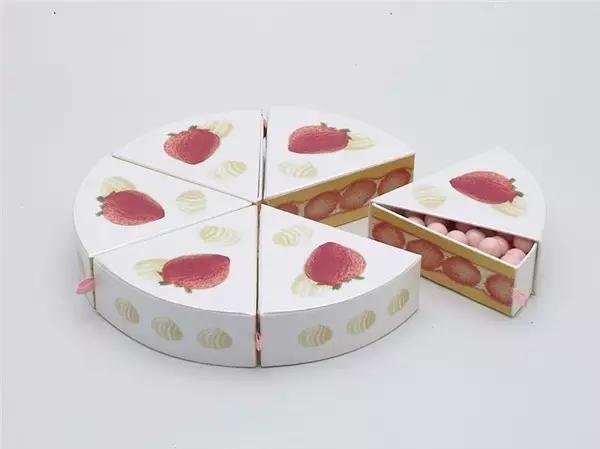 """一块""""蛋糕""""是一包糖的包装设计"""